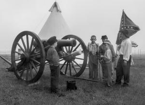 Children at Cannon