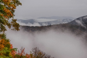 Mountains, fog and fall colors